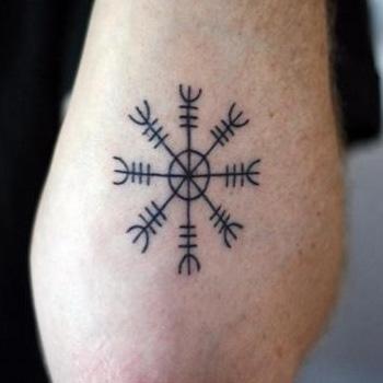 Skandináv tetoválás