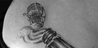Pezsgő tetoválás