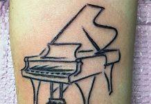Zongora tetoválás